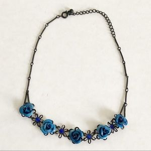 Black and blue rose necklace